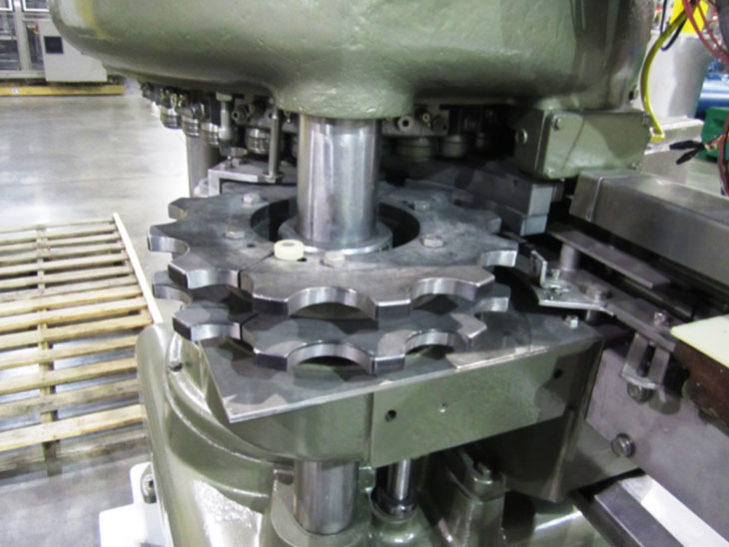 Used CROWN 72 Valve Can Filler Angelus 12 Spindle Can Seamer full
