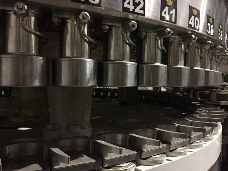 Used CROWN 72 Valve Beverage Can Filler full