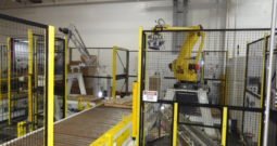 Used SENTRY Sen-Pak Robotic Palletizer